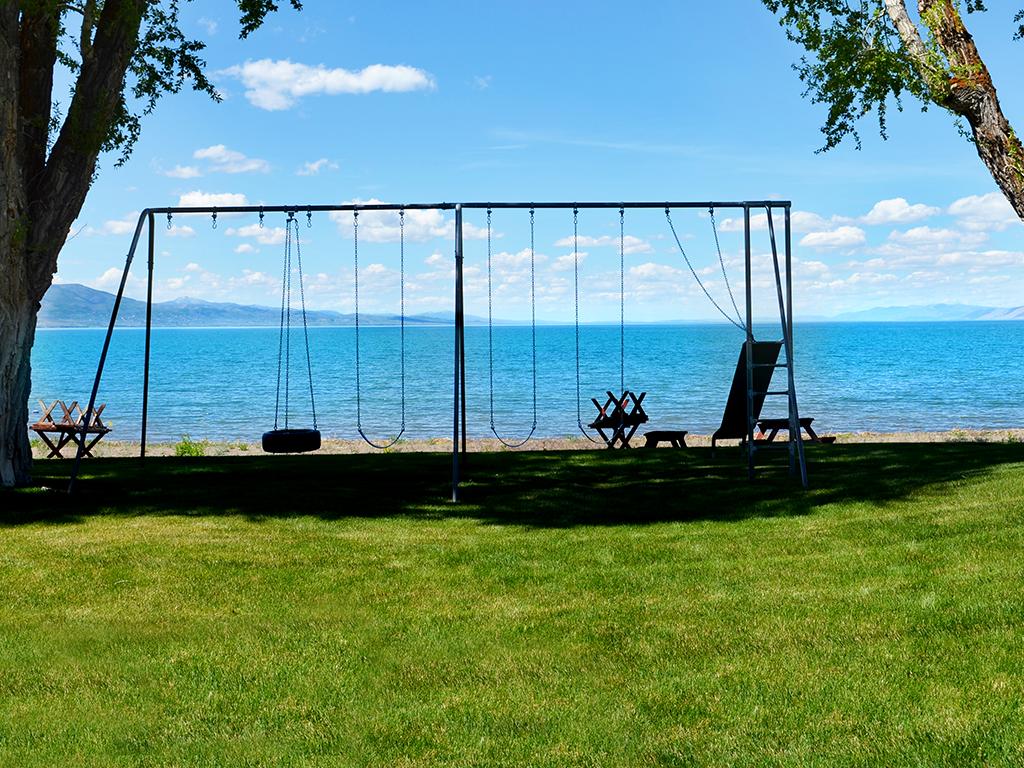Bear Lake Beach Home